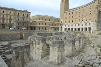 33/40 The Roman amphitheatre in Lecce.