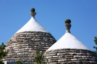 22/43 The Trullo has been rebuilt using local materials and techniques.