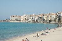 The long sandy beach of Cefalù.