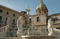 Piazza Pretoria and the 'Fountain of Shame' in Palermo.