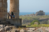 37/38 The site of Selinunte includes the remains of 5 temples, an agora and an acropolis.