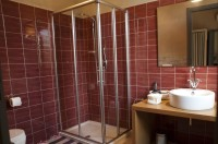 ...and its en-suite bathroom.