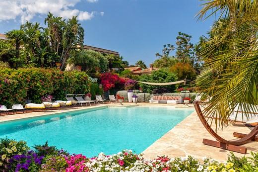 Don Arcangelo All Olmo A Luxury Fully Staffed Villa