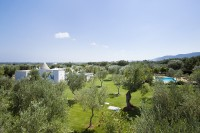 Another shot of Trullo del Sale and the extensive gardens.
