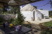 A second little trullo about 3 minutes' walk away is available for larger groups.
