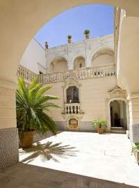 The superb main courtyard is the first thing you see on entering Palazzo Gorgoni.
