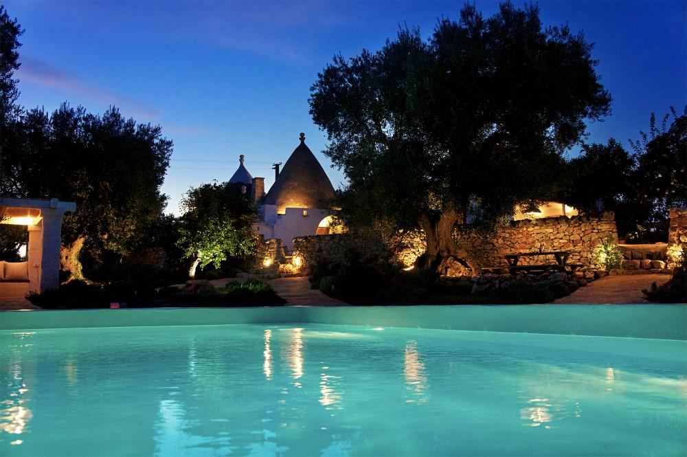 Romantic honeymoon villas
