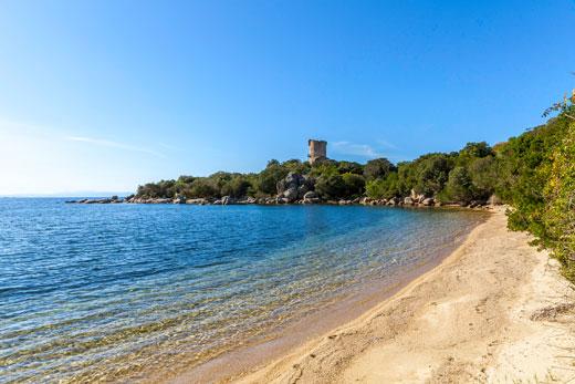 Villas in Corsica on a sandy beach