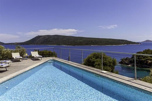 Sporades pool & beach