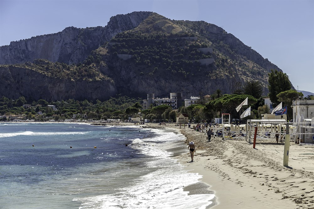 Sicily Beaches See The Best In Thinking Traveller