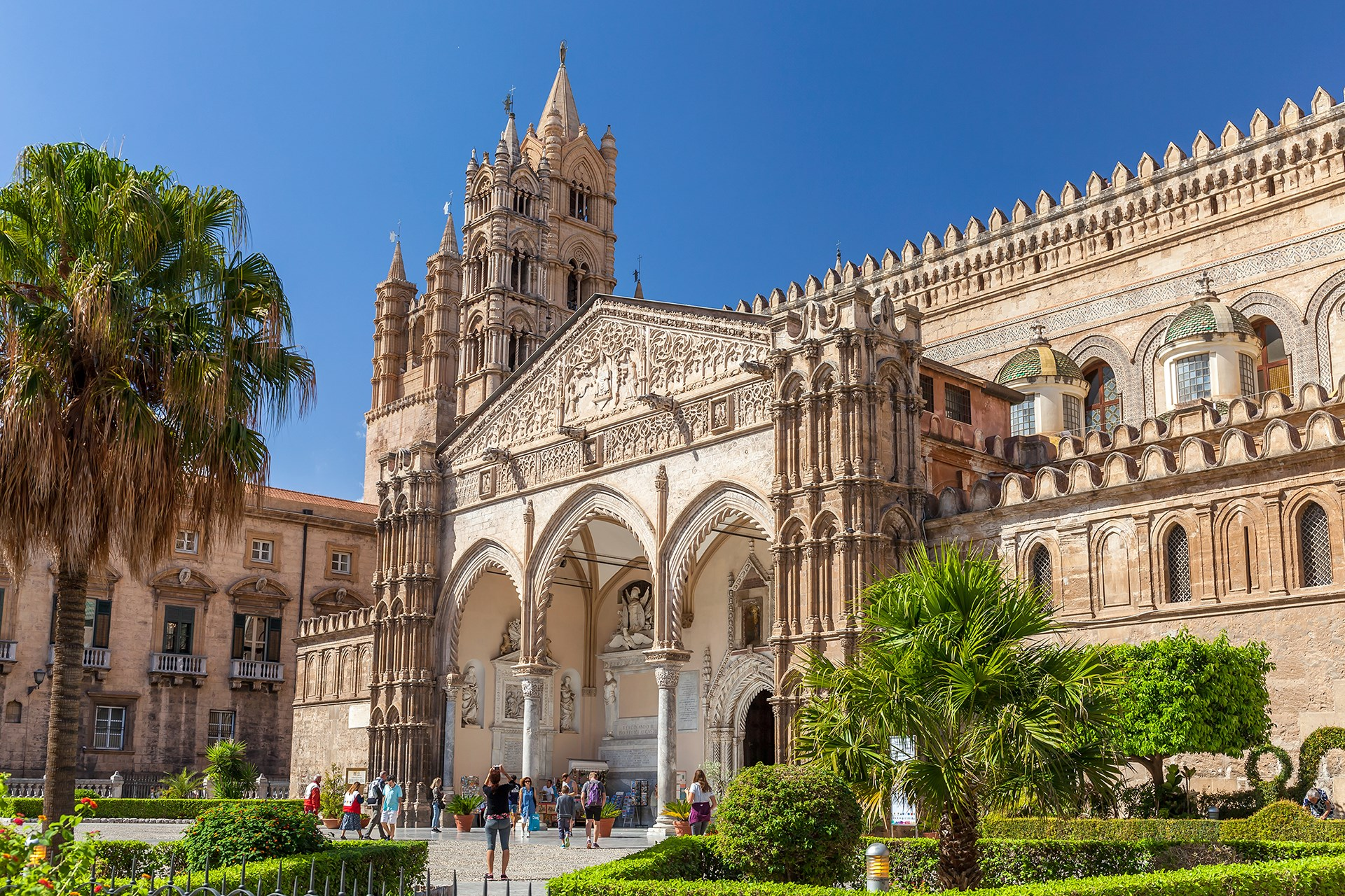 Sicilian architecture the thinking traveller for Negozi di arredamento palermo