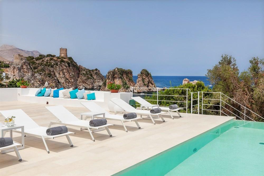 Outdoorküche Kinder Joy : Ai faraglioni u2013 luxuriöse villa mit infinity pool whirlpool und
