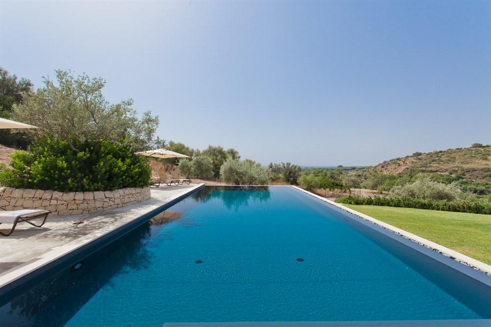 Outdoorküche Kinder Joy : Casa luza schicke villa mit pool in der nähe von noto sizilien