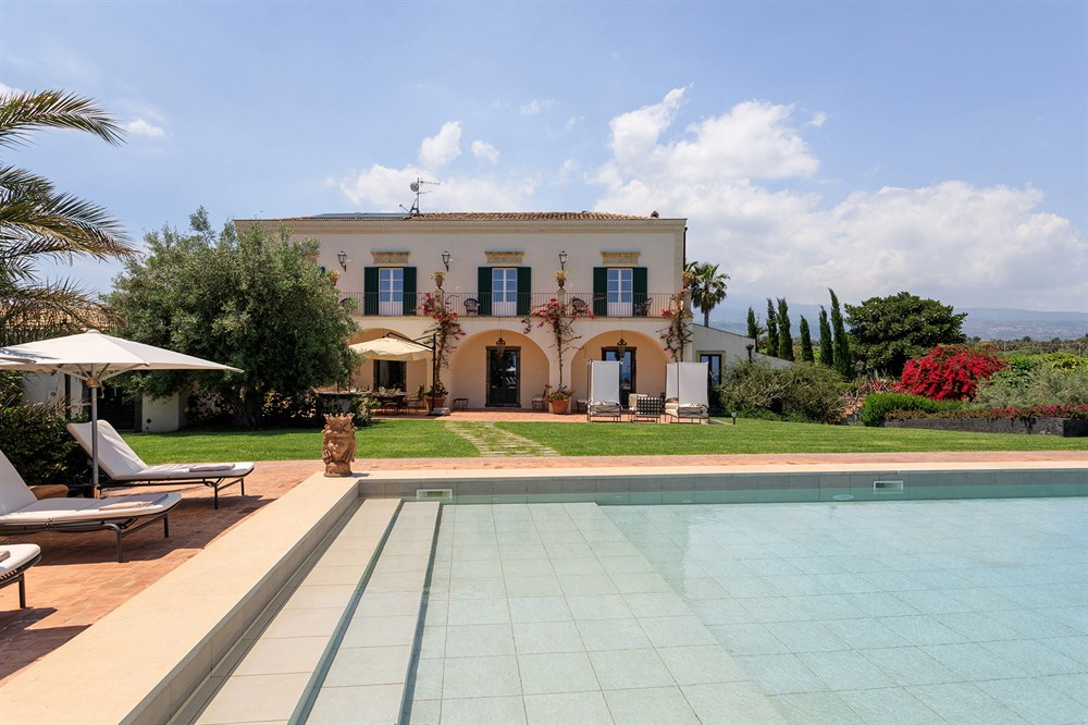 Don Venerando, Villas in Sicily | The Thinking Traveller